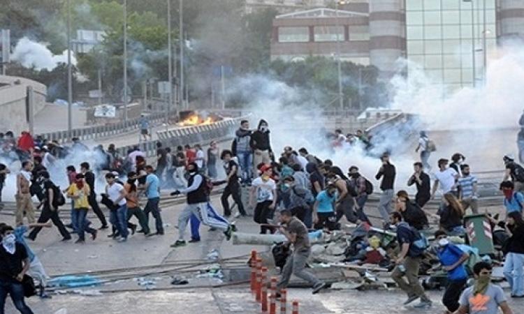 تجدد الصدامات بين متظاهرين أكراد والشرطة التركية