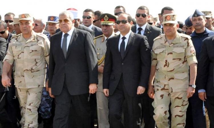 الرئيس السيسي يتقدم جنازة شهداء حادث سيناء الإرهابي