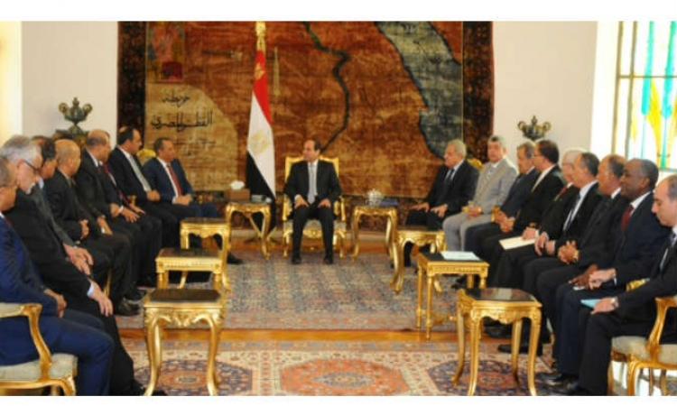 السيسي: نسعي الي الإستقرار وتأسيس جيش وطني قوي بدعم القيادة الشرعية في ليبيا