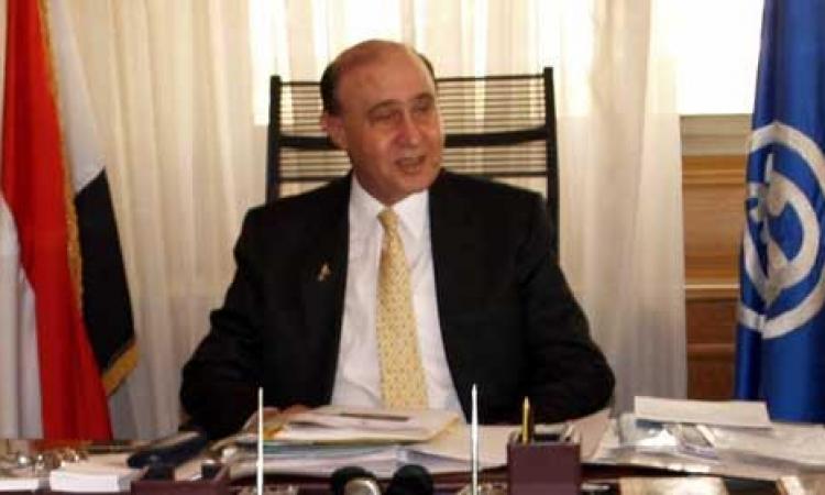 مهاب مميش: نعتزم شراء كراكات عملاقة لإنجاز القناة الجديدة فى عام