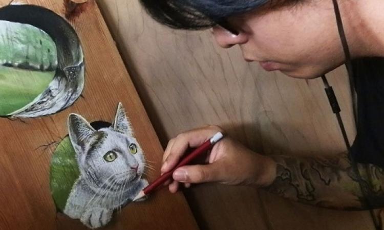 بالصور.. فنان يبدع أروع اللوحات ثلاثية الأبعاد بالقلم الرصاص