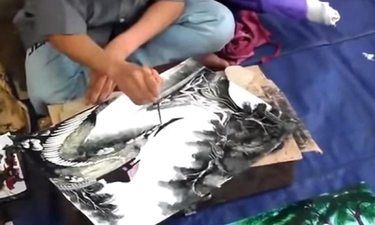 بالفيديو .. فنان يبدع فى رسم لوحة فى 6 دقائق فقط !!