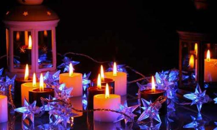 بالصور .. أرقى أشكال الشموع المضيئة في عالم الرومانسية