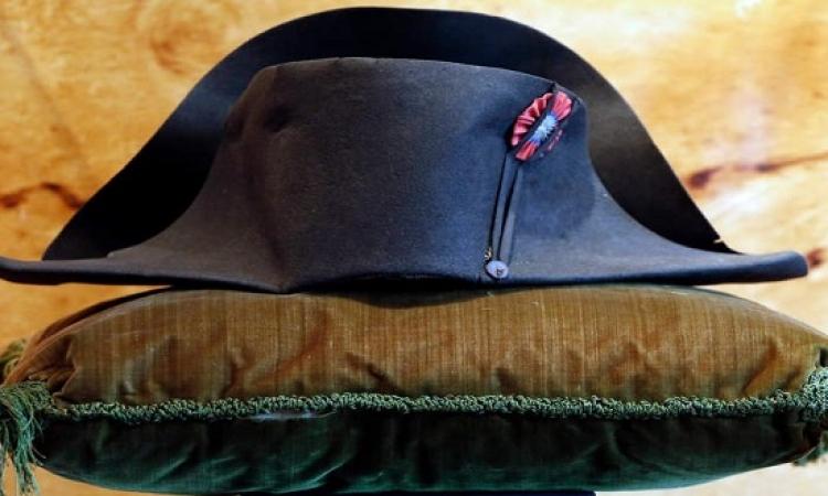 عرض قبعة نابليون بونابرت للبيع في مزاد القرن بـ400 ألف يورو