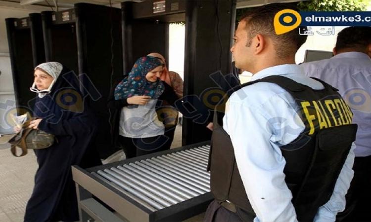 بالصور .. تأمين شركة فالكون لبوابات جامعة القاهرة