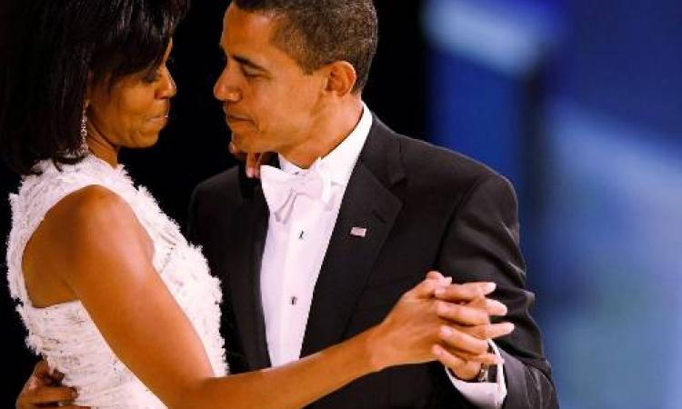 في الذكرى الـ22 لزواجهما .. صور نادرة لزفاف أوباما وميشيل