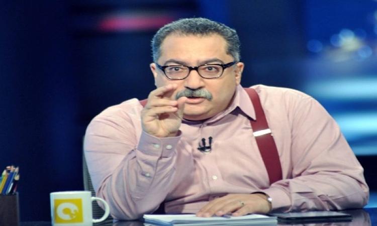 """بالفيديو.. إبراهيم عيسى يقنع """"الحسيني"""" بضرورة حرية الرأى على الهواء"""