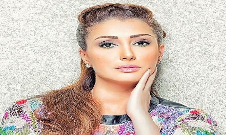 غادة عبد الرازق تجنن جمهورها بنشر صور حفيدتها الحلوة