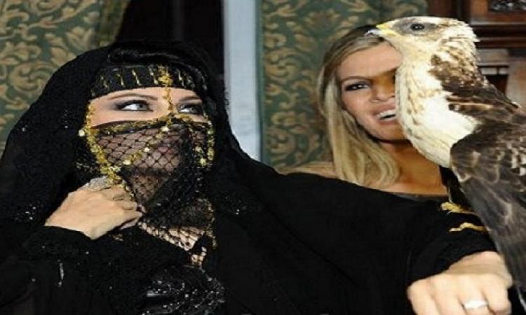 نجمات اخترن الأكسسوارات العربية لتزيين إطلالاتهن