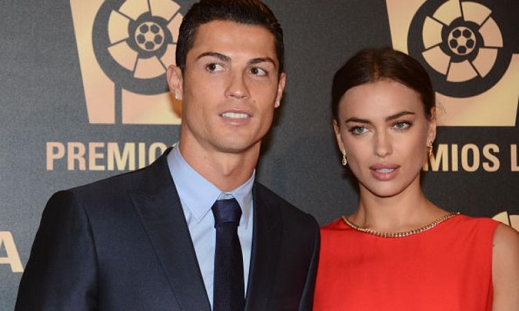 رونالدو وشايك وبيدروتشي يخطفون الأضواء بحفل جوائز رابطة الدوري الإسباني
