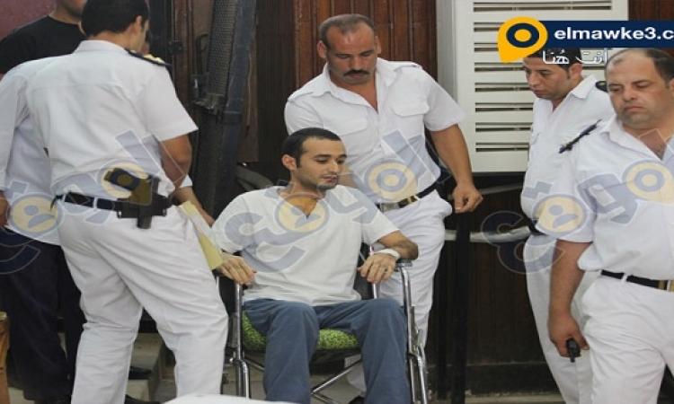 بدء محاكمة أحمد دومة وآخرين فى أحداث مجلس الوزراء