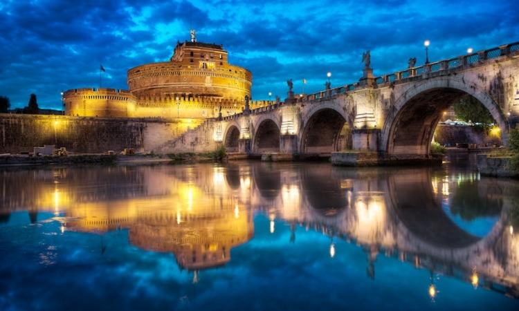 ايطاليا الساحرة .. بين عبق التاريخ ورومانسية الحاضر
