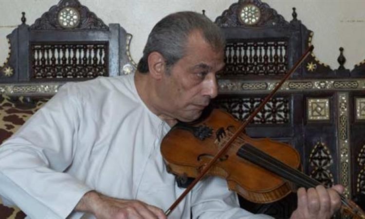 معلم الموسيقيين عبده داغر في حضرة منى سلمان اليوم