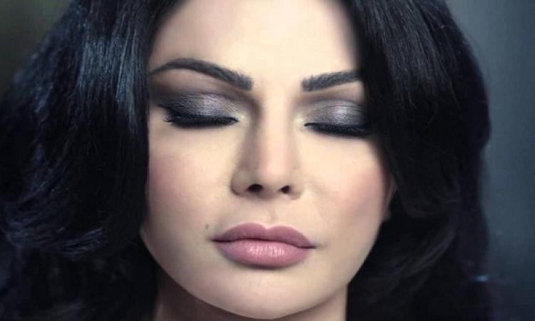 منع إذاعة أغانى هيفاء وهبى فى الإذاعة المصرية والسبب …. ؟!!