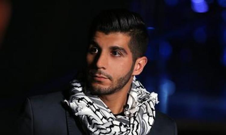 الفلسطينى هيثم خلايلى يغنى اشتقنا كتير