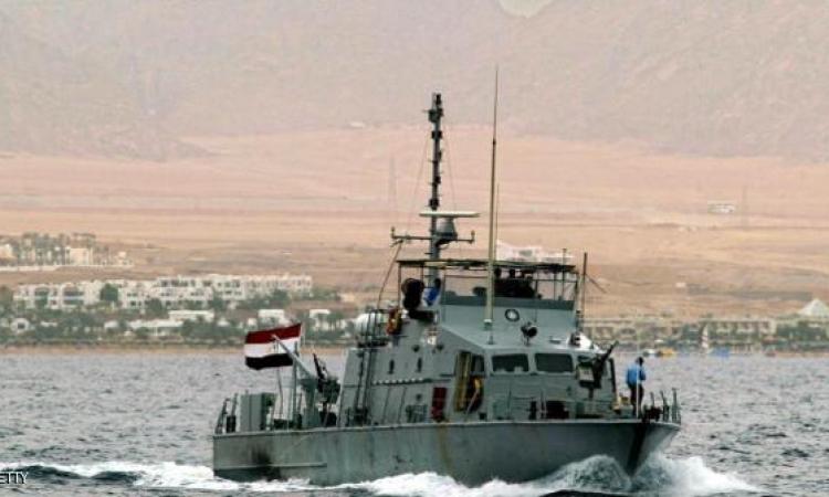 البحرية تتصدى لهجوم إرهابى وتفقد عسكريين