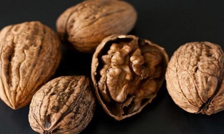دراسة: تناول الجوز يوميا يقلل من خطر الإصابة بسرطان البروستاتا
