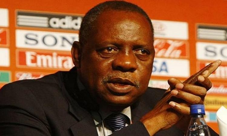 طوارئ في الكاف لانقاذ كأس أفريقيا والنجاة من خسائر مادية ضخمة