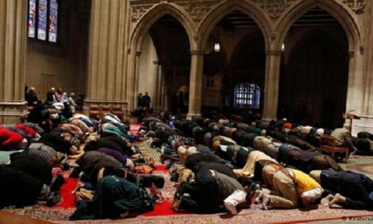 أول صلاة للمسلمين في الكاتدرائية الوطنية بواشنطن