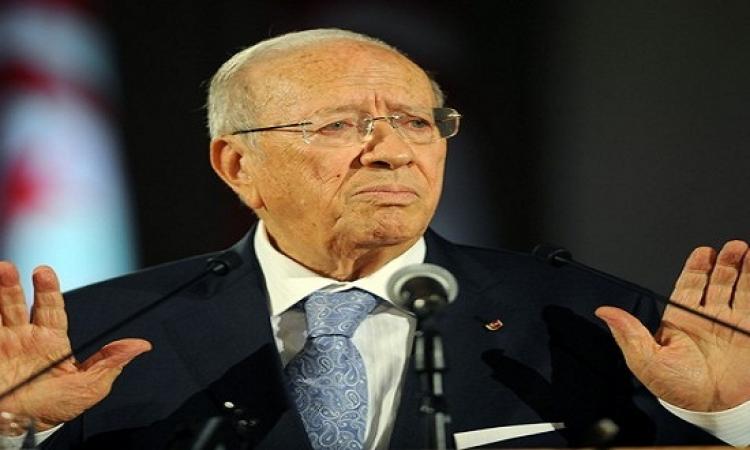 السبسى: مصر تقف إلى جانب تونس فى حربها ضد الإرهاب
