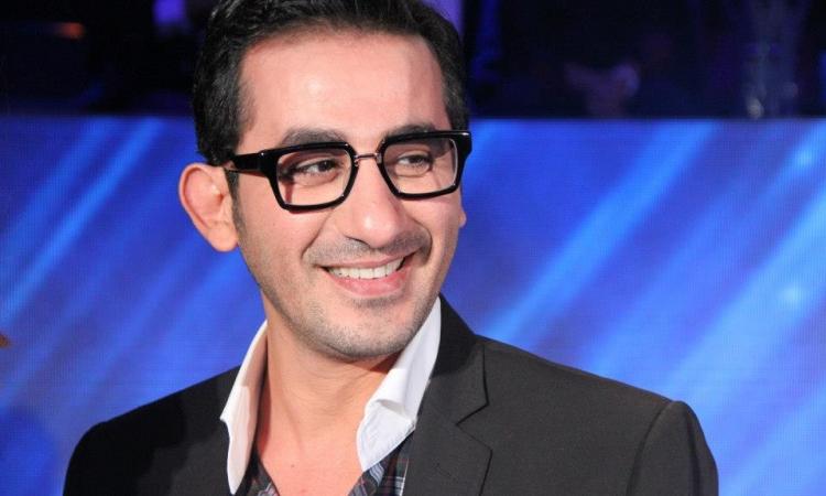 أحمد حلمى يتصل على برنامج أراب آيدول ليوجهه هذه الرسالة