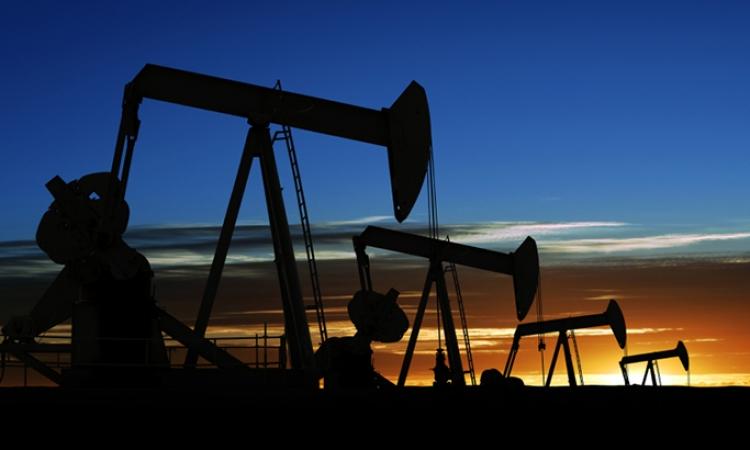 إكتشاف كميات كبيرة من الغاز والنفط بوادى النطرون