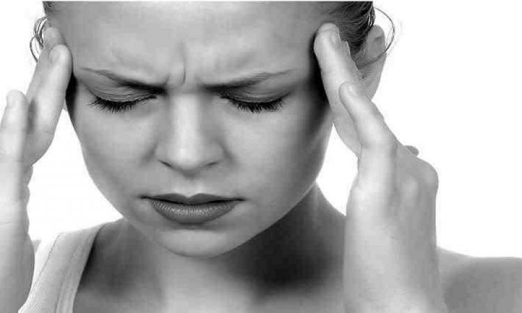 الصداع النصفى يضاعف خطر شلل العصب الوجهى