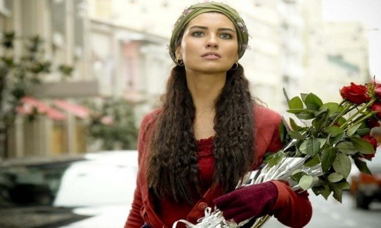 """هكذا شاركت """"بائعة الورد"""" فى احياء ذكرى النكبة الفلسطينية"""