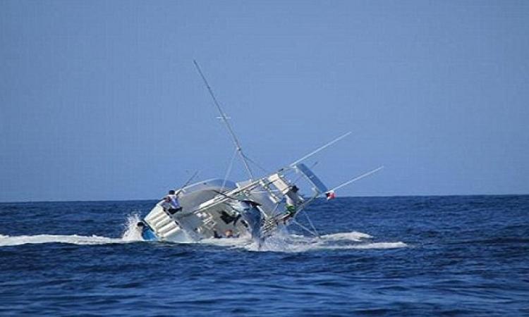 وفاة 43 شخصا وفقدان اخرين بعد غرق مركب صيد روسى