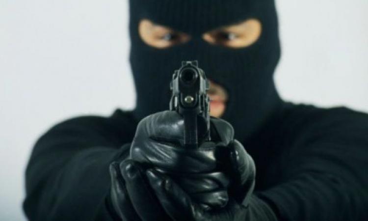 مسلحون يقتحمون مكتب بريد عين شمس ويستولون على 77 ألف جنيه