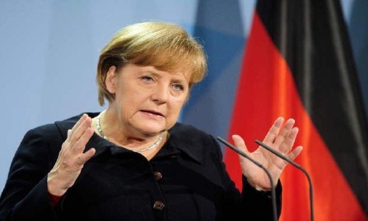 ميركل تطالب فرنسا وايطاليا بتبني المزيد من الإصلاحات