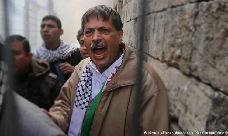 بالصور .. مقتل الوزير فلسطينى زياد ابو عين على يد جندى اسرائيلى