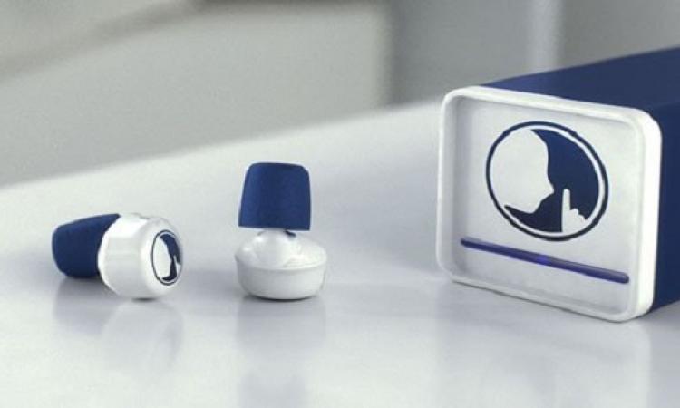 بالفيديو .. سدادات أذن متطورة تمنع أى صوت سوى تنبيهات الهاتف المهمة