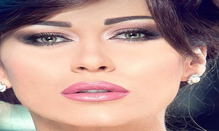 لماذا تريد نادين الراسى المفتاح من زوجها؟