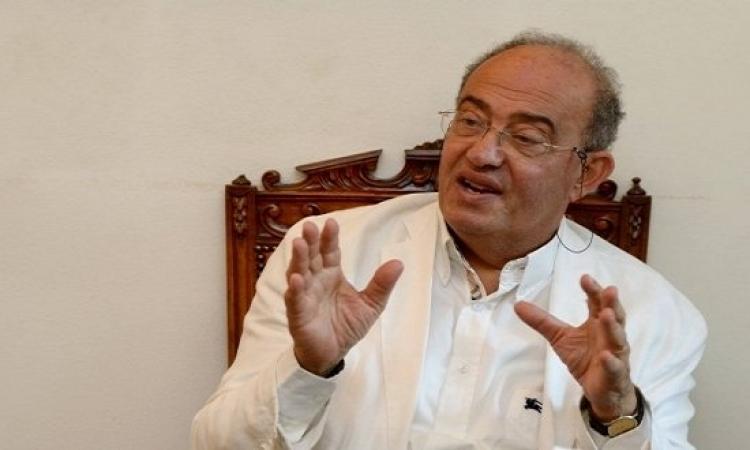 """""""لجنة ملاحقة مبارك"""" تبحث تحريك بلاغات ضده"""