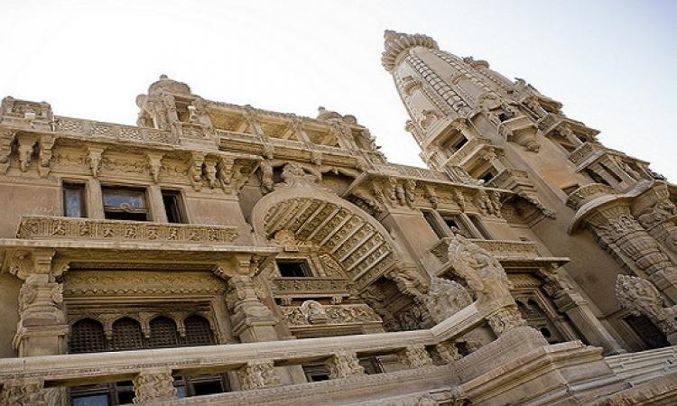 بالفيديو ..  قصر البارون يتعرض للسرقة والنهب ورواد المواقع .. كفاية إهمال