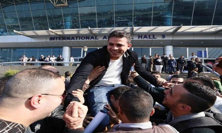 """بالصور .. استقبال حافل لمتسابق """"أرب أيدول"""" محمد رشاد فى مطار القاهرة"""