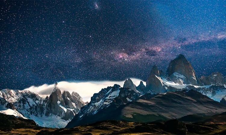 بالصور .. شاهد اروع المناظر الخلابة للسماء ليلا حول العالم