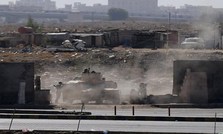 الحوثيون يطوقون القصر الرئاسى بصنعاء واشتباكات عنيفة بمحيطه