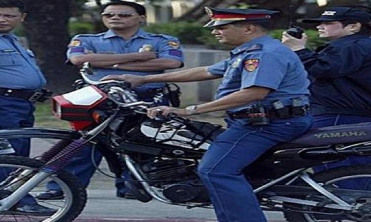 رجال الشرطه فى الفلبين مجبرين على ارتداء الحفاضات …!