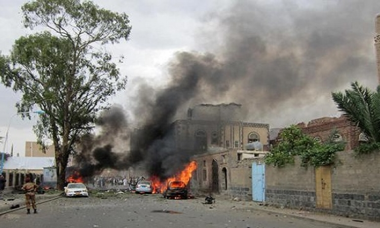 انفجار قنبلة بسكة حديد كوم أمبو يؤدى لحريق بمنفذ لشركة اتصالات