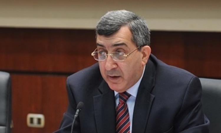 رئيس الهيئة العامة للاستثمار:لابد من تحقيق التوازن في الميزان التجاري
