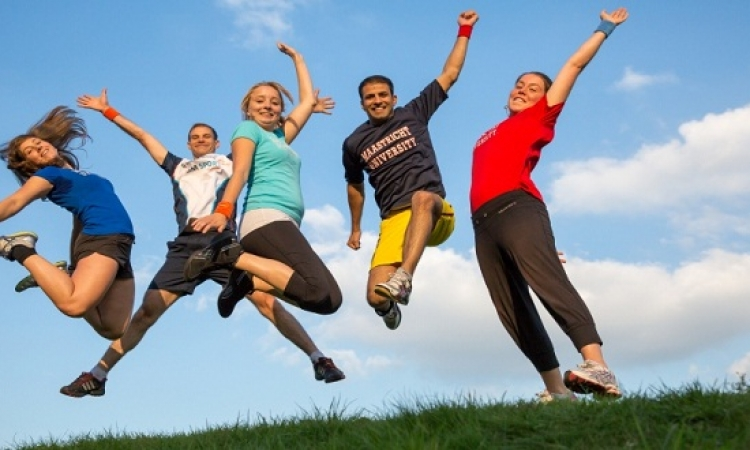 ممارسة الرياضة تحد من الإصابة بسرطان القولون