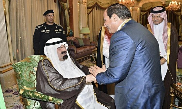 السيسى يتوجه من الامارات إلى السعودية لزيارة خادم الحرمين