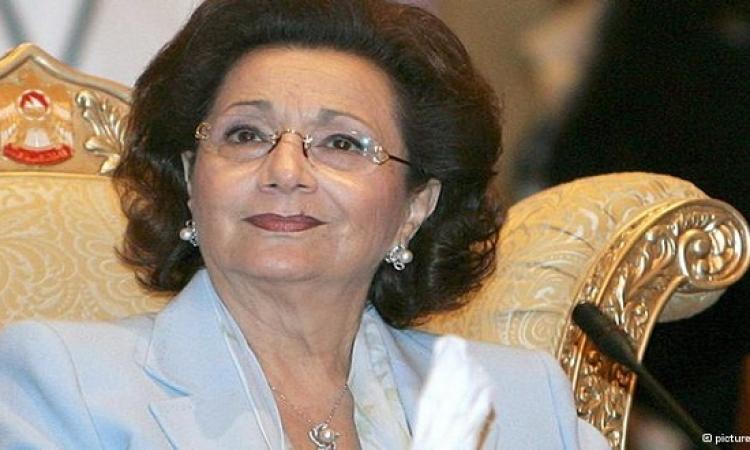 سوزان مبارك زعلانة من السيسى .. والسبب!!
