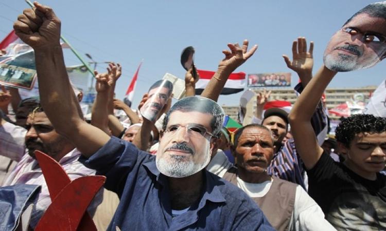 الإخوان يزعمون التظاهر فى التحرير .. والأمن يفض مسيرة محدودة وسط القاهرة