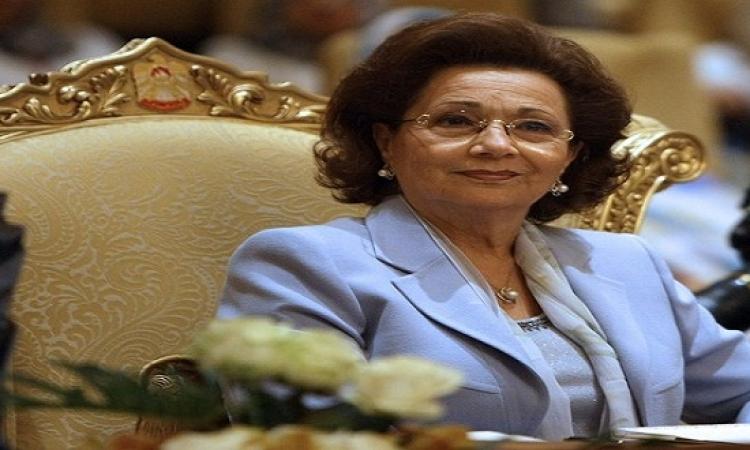 سوزان مبارك للكاتبة الكويتية فجر السعيد: كنت على ثقة أن الله سيظهر براءة زوجى وأولادى