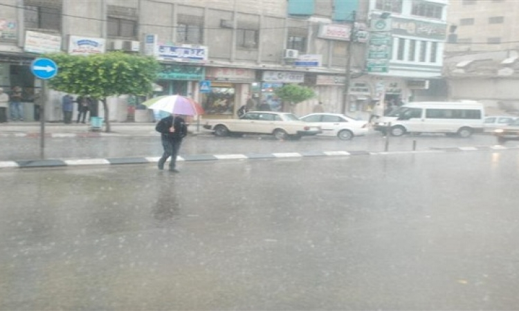 الأرصاد : طقس الجمعة بارد وأمطار خفيفة على القاهرة