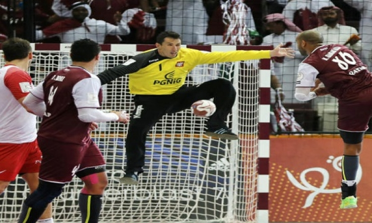 قطر أول فريق غير أوروبى يتأهل إلى نهائي بطولة العالم لكرة اليد