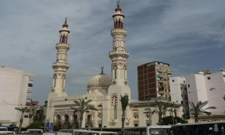 بالصور.. انهيار جزء من مئذنة مسجد ابن خلدون بسبب الرياح فى الإسكندرية